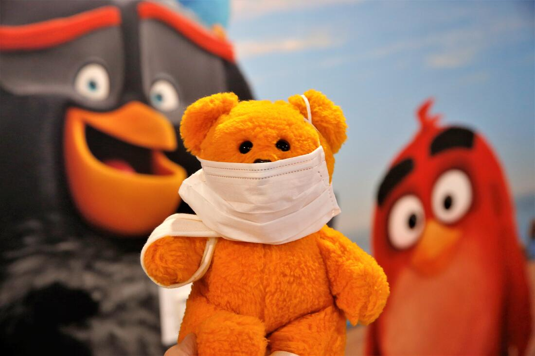 Oulun Lastensairaalan magneettikuvaushuone sai hauskat Angry Birds -teippaukset