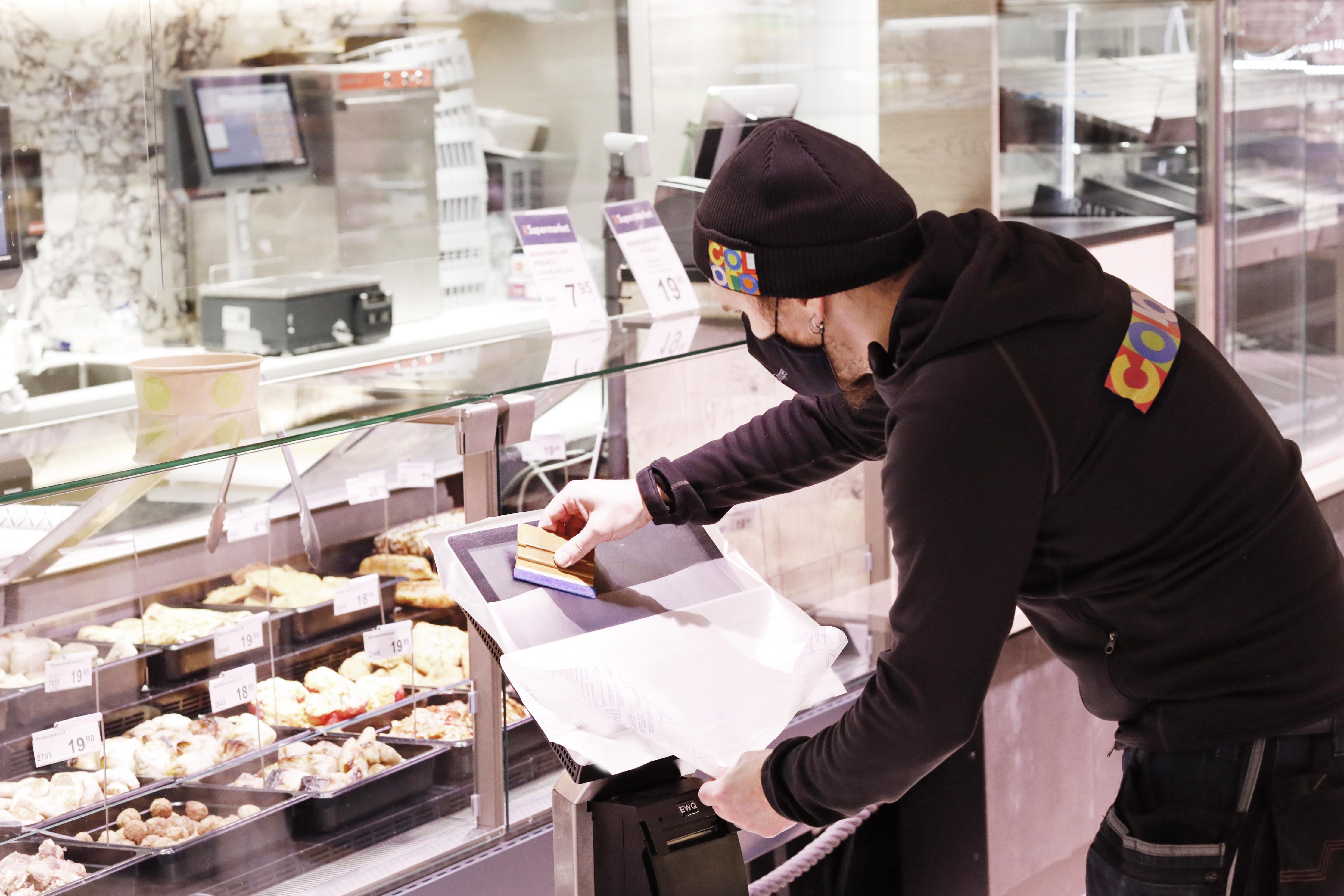 K-Supermarket Mustapekka suojasi kosketusnäyttönsä Prexelentillä