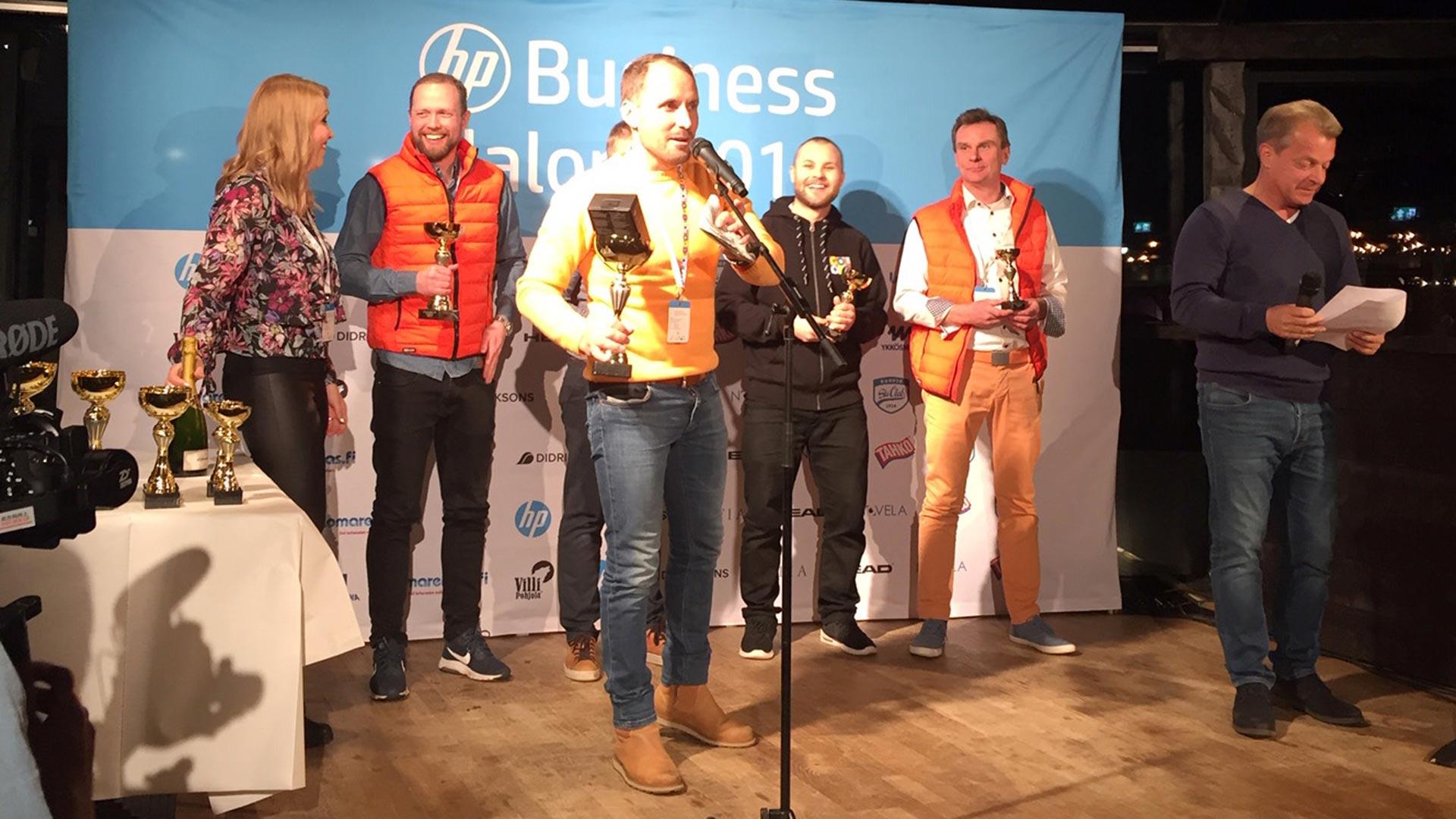 Coloron-vaki-rohmusi-palkintoja-Business-Slalomissa