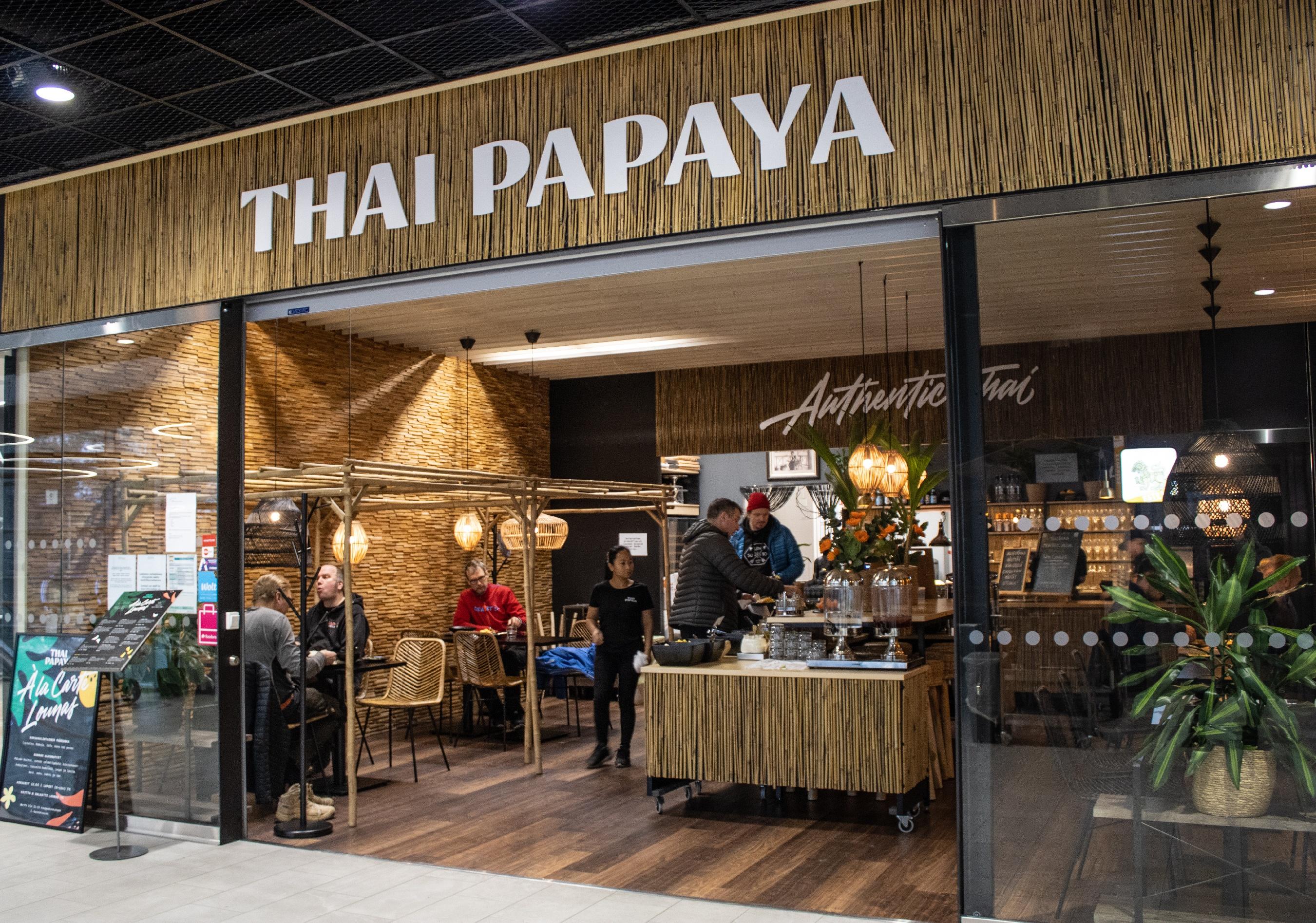 Brändäsimme syksyllä Laajasalon Kauppakeskus Saaressa sijaitsevan Thai Papayan ravintolan.